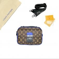 1V S Lock Messenger Bags