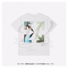 """Off-White """"THE KISS"""" White Kiss S/S T-shirt White Beige Light Blue"""
